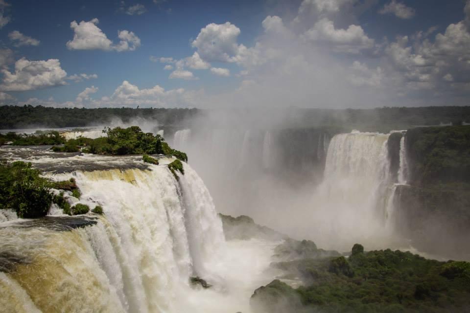 brasilian-iguac%cc%a7u_01