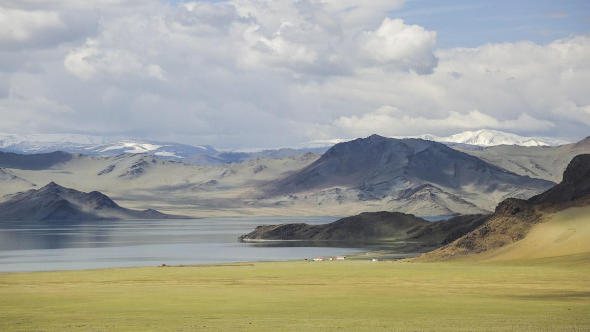 reasons to visit mongolia