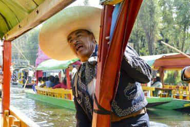 WEB_xochimilco-mariachi