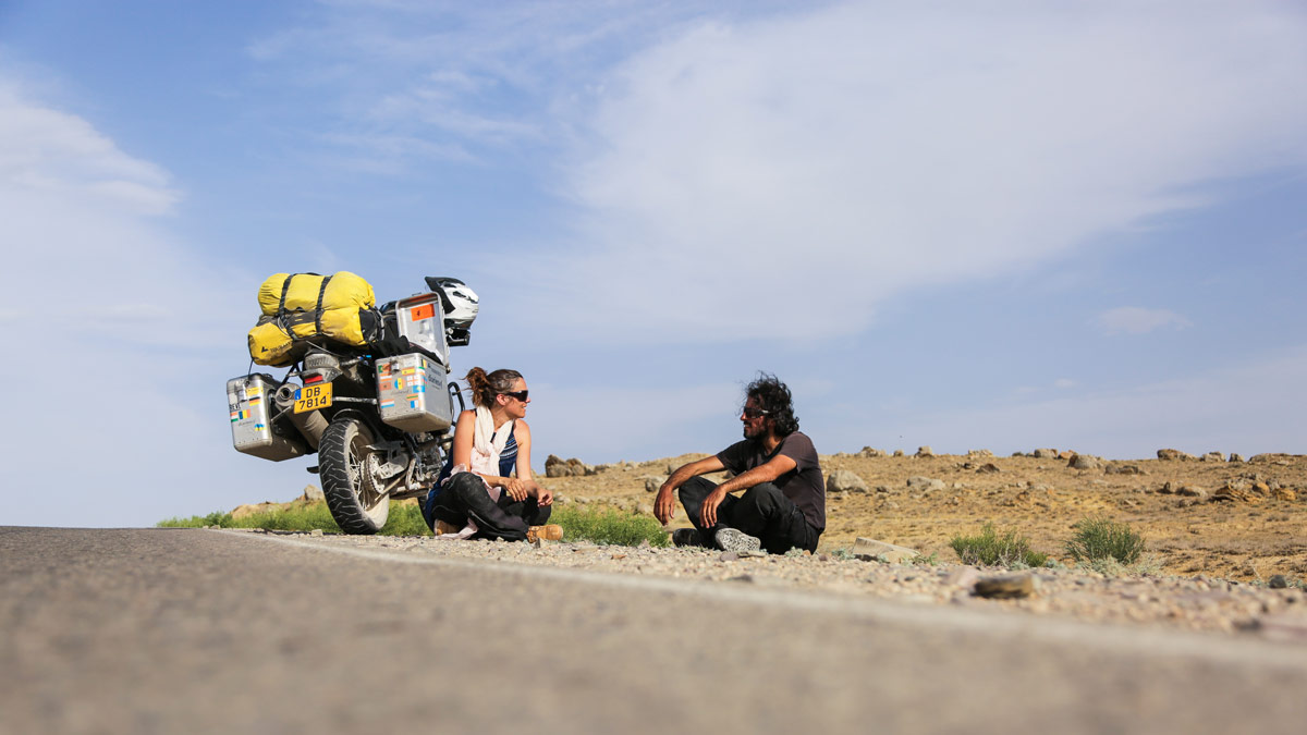 diariesof-running-out-of-fuel-Kazakhstan-desert-5567